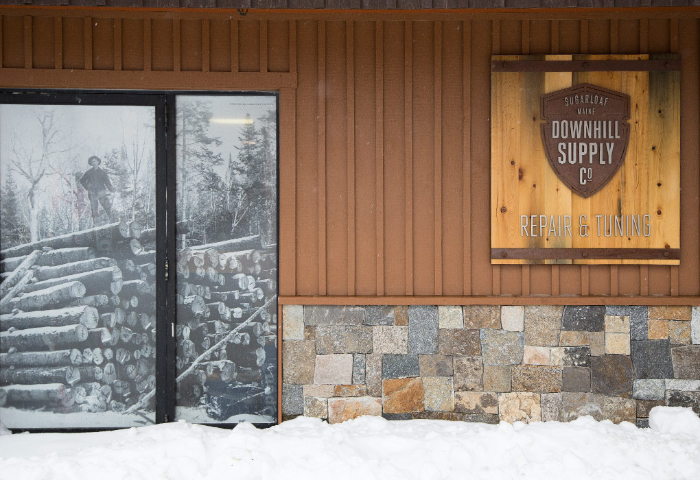 Sugarloaf, Signage